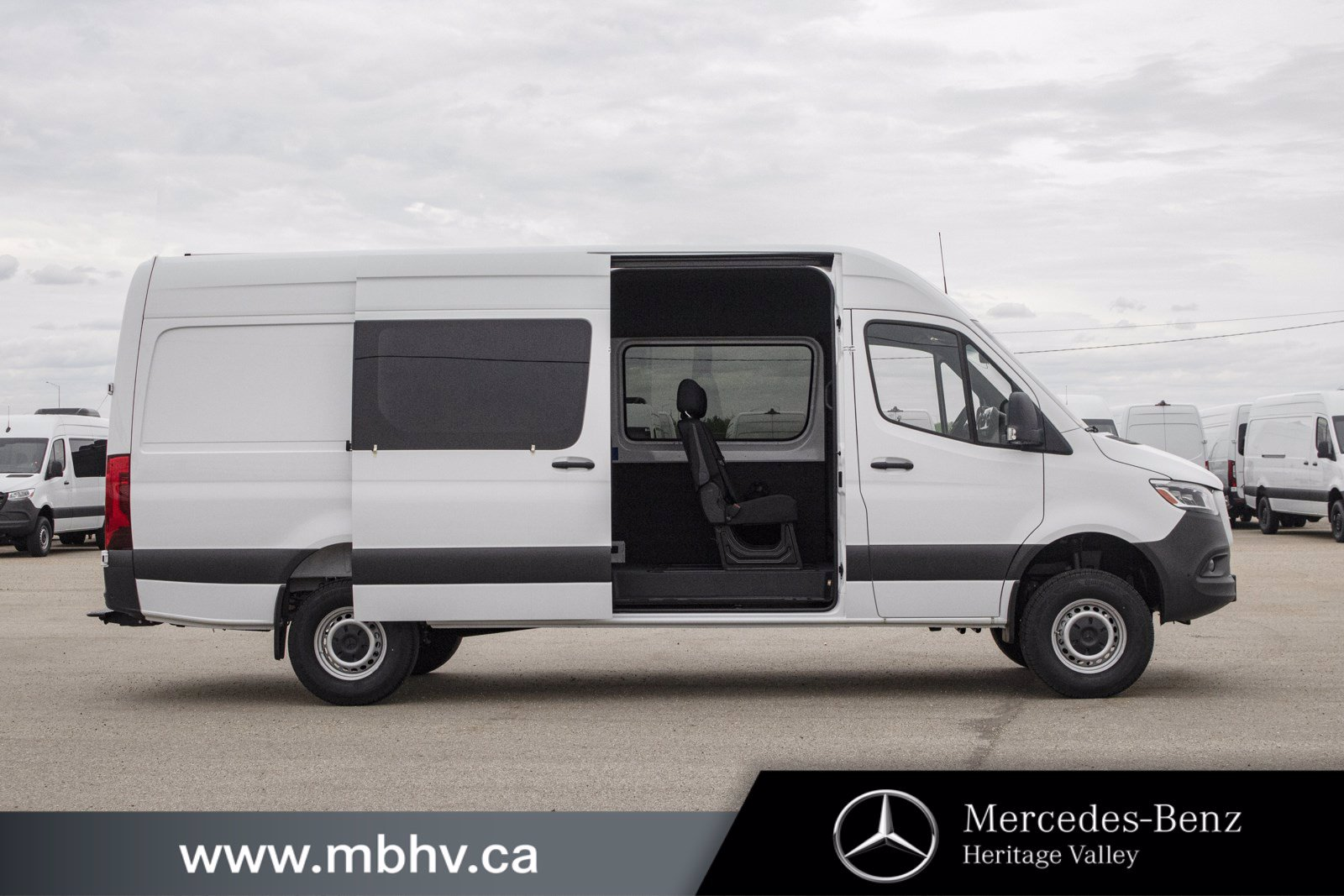 New 2019 Mercedes-Benz Sprinter 4x4 Crew Van 170