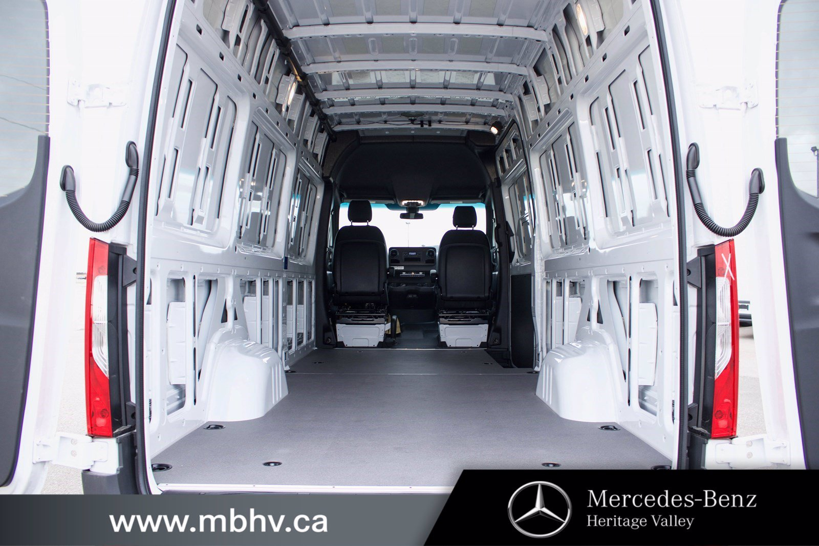 New 2019 Mercedes-Benz Sprinter 4x4 Cargo Van 2500 170